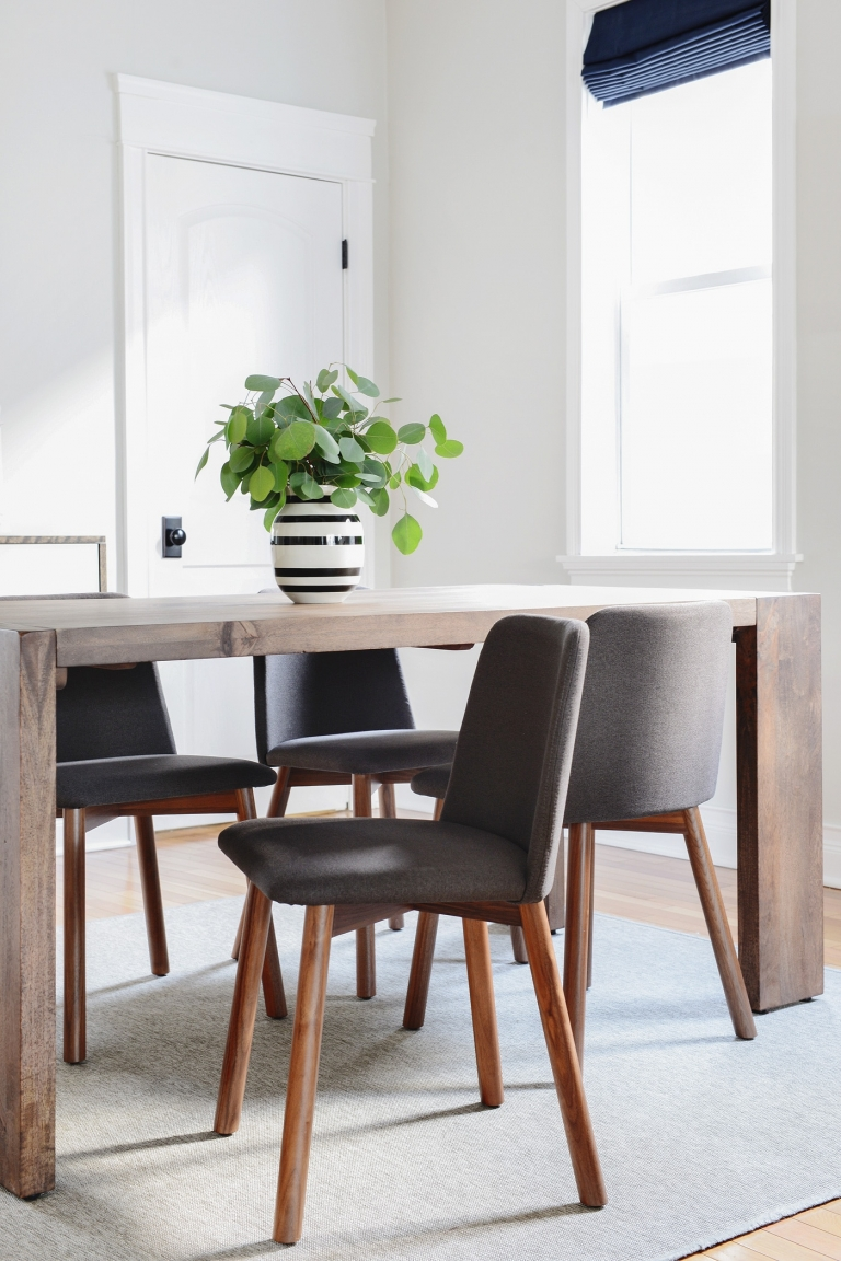 Sensational A New Look In The Dining Room Yellow Brick Home Ibusinesslaw Wood Chair Design Ideas Ibusinesslaworg