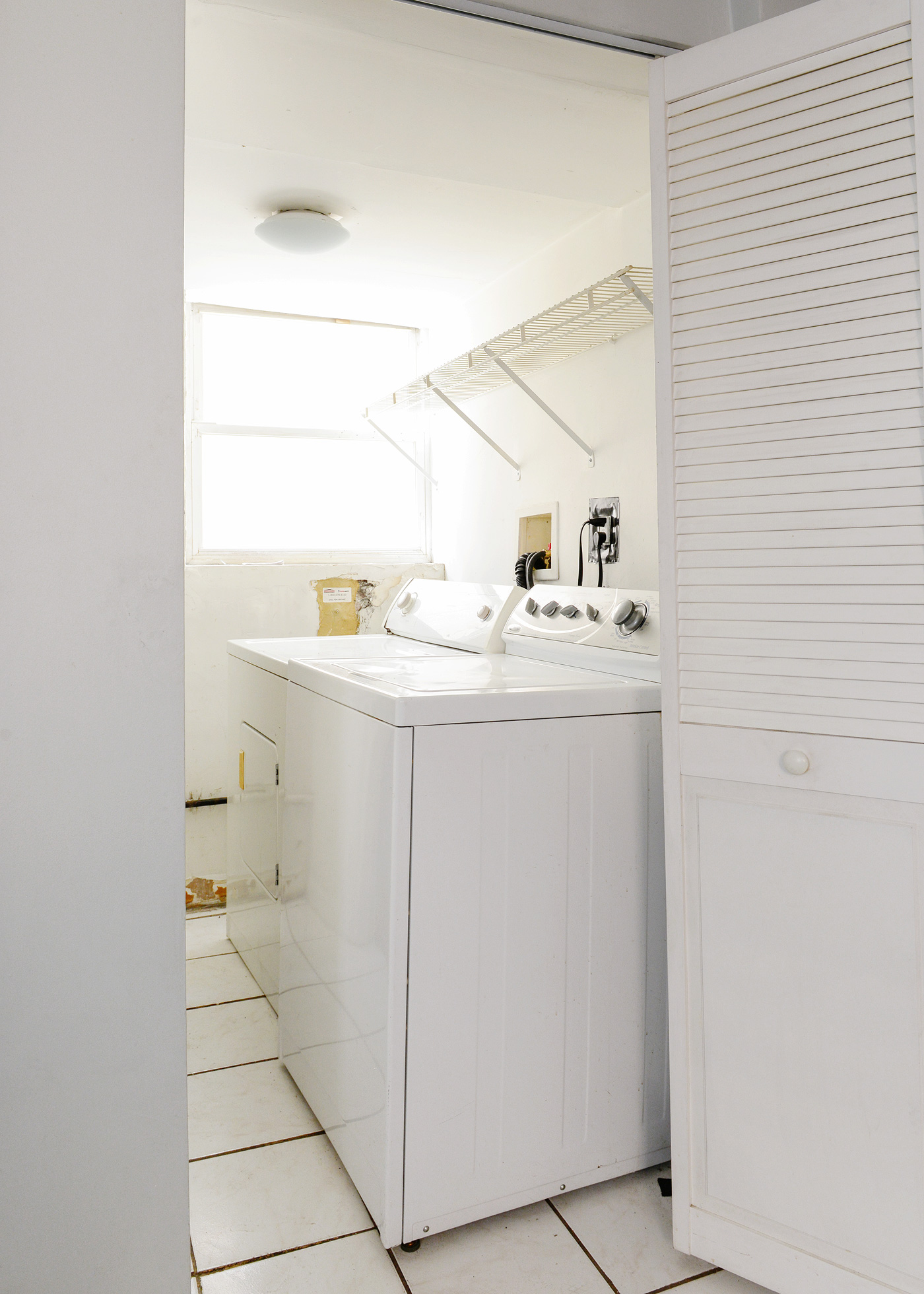 How We Added Beadboard to the Laundry Room! | Yellow Brick Home