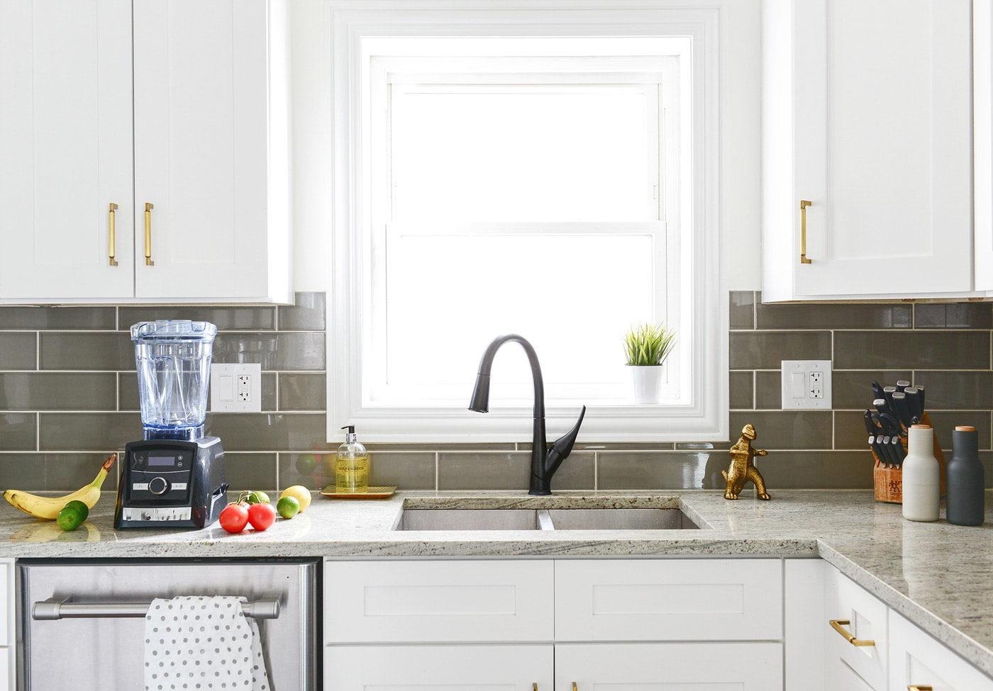 A Mini + Impactful Kitchen Update - Yellow Brick Home