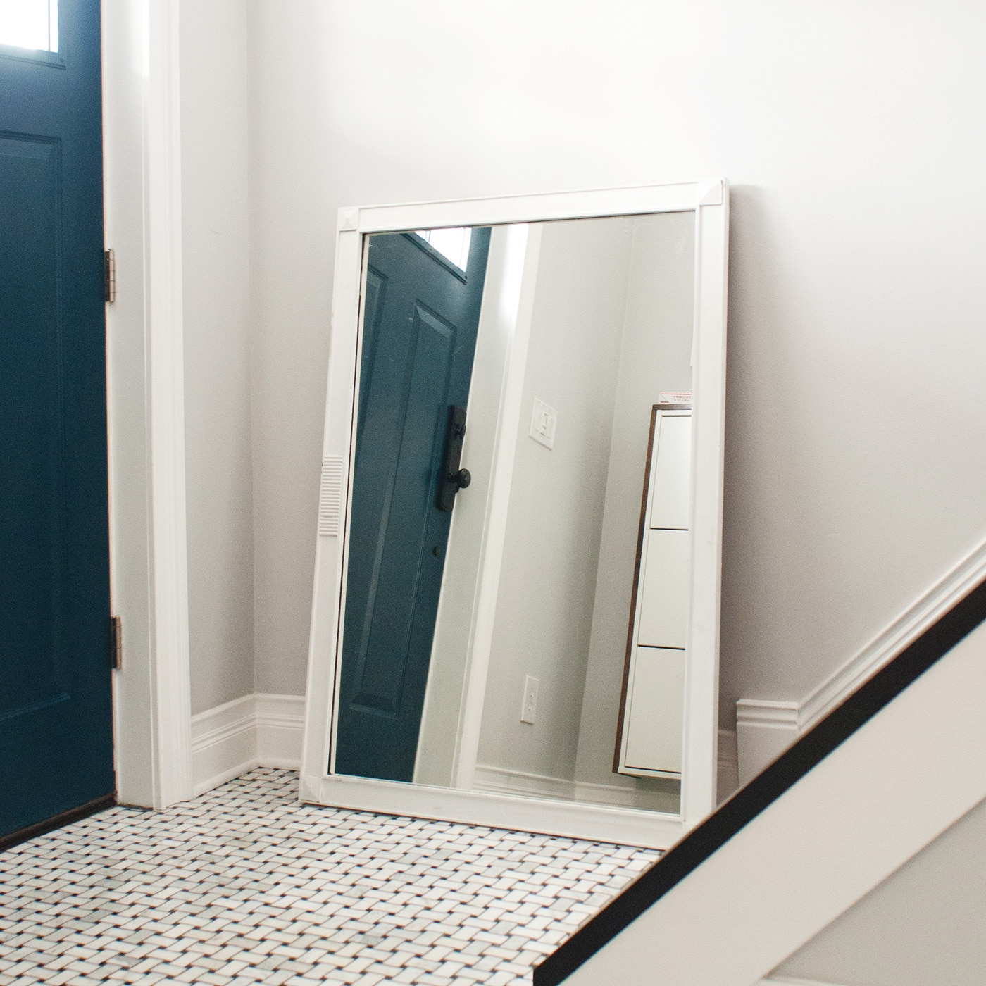 Our Salvaged Wood Mirror DIY (+ Our Favorite Entryway Mirrors ...