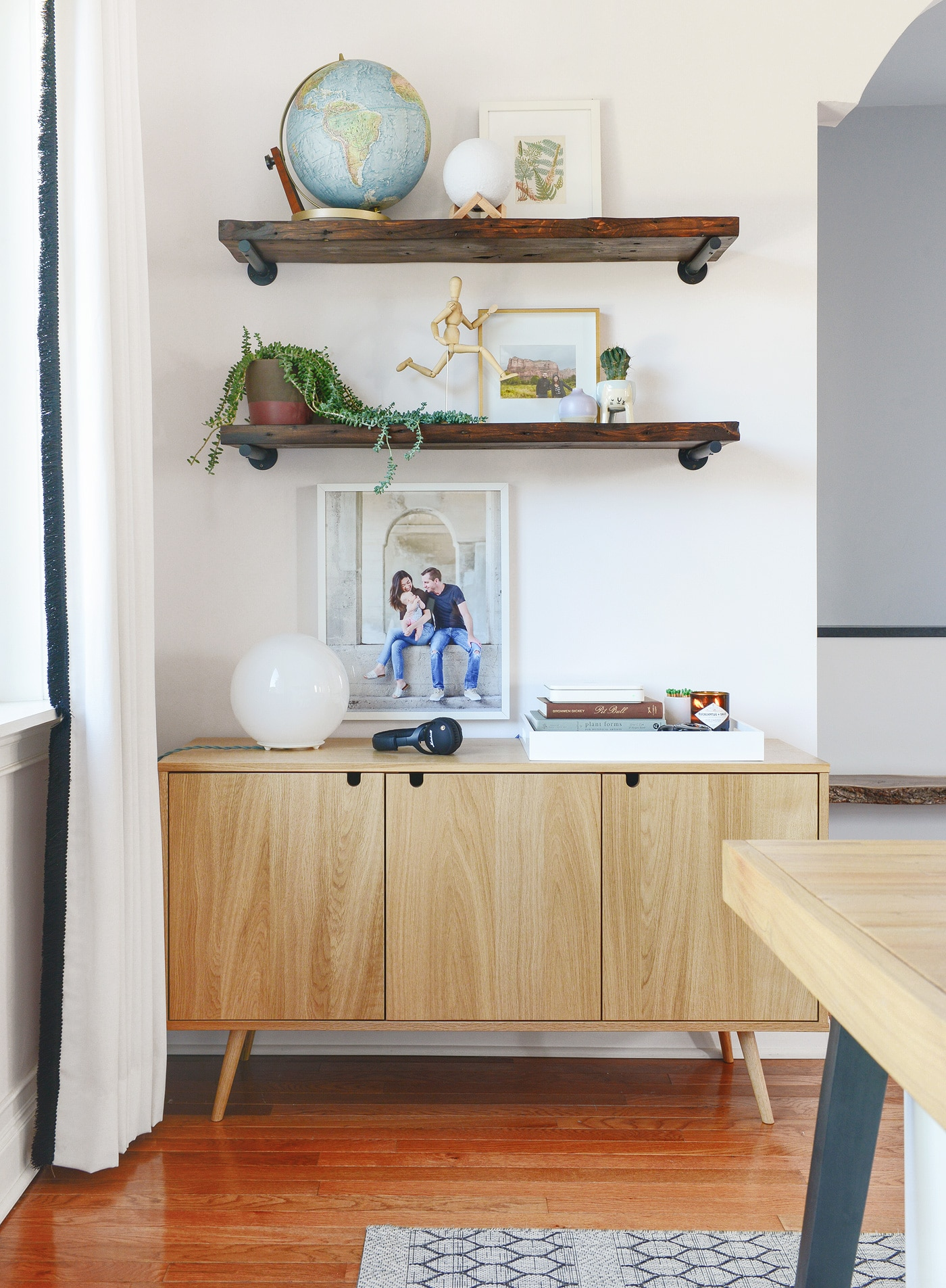 how we mix wood tones in a space   5 general rules to keep in mind   via Yellow Brick Home