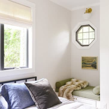how to restore a brass light fixture the EASY way! | via Yellow Brick Home