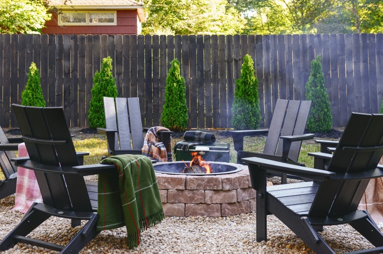 Build A Backyard Fire Pit This Weekend Yellow Brick Home