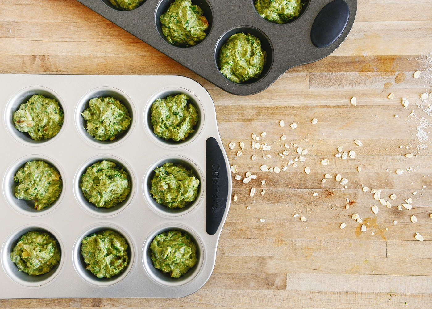 healthy toddler banana muffins (packed full of spinach!) | via Yellow Brick Home