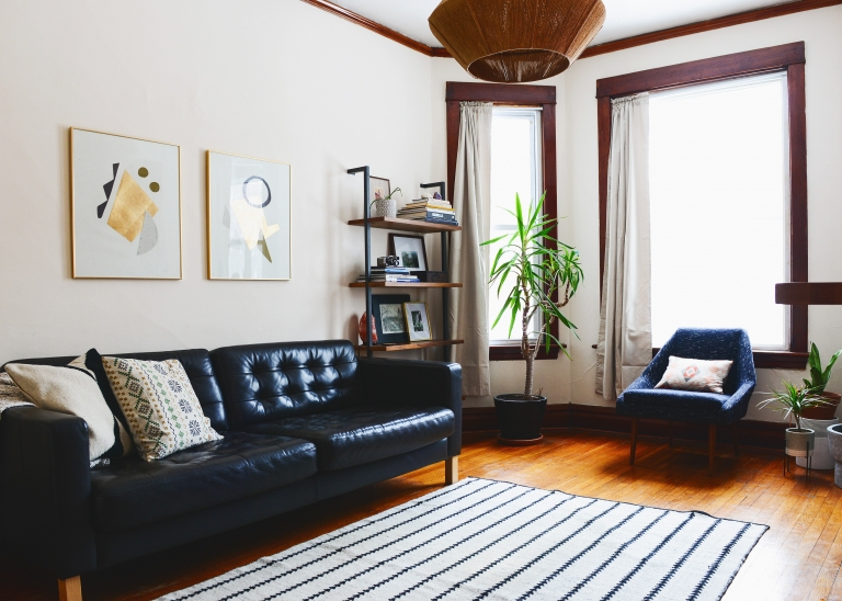 A Rental Living Room Gets a Makeover! - Yellow Brick Home